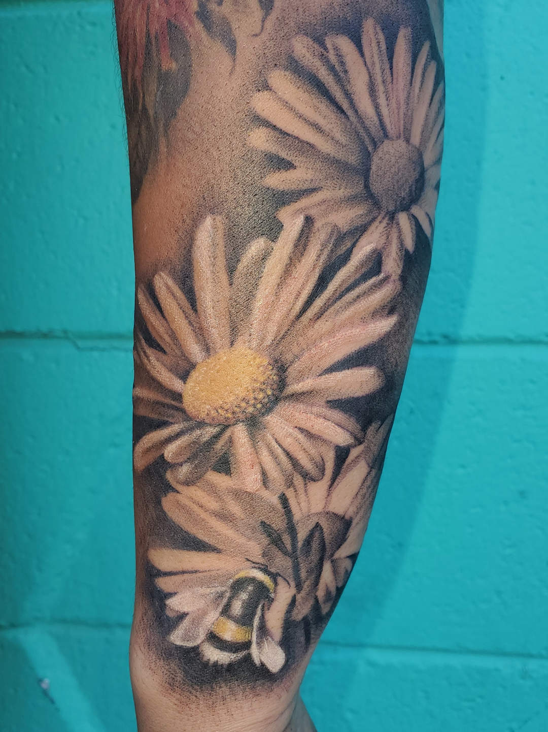 Bumblebee with Daisies — Clay Walker Tattoo